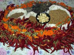 Składniki na swańską sól - przyprawę gruzińską