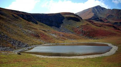 Jeziorko roztopowe w Górach Swaneckich