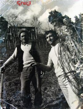 Nodar Khalvashi z ojcem - zdjęcie z archiwum rodzinnego