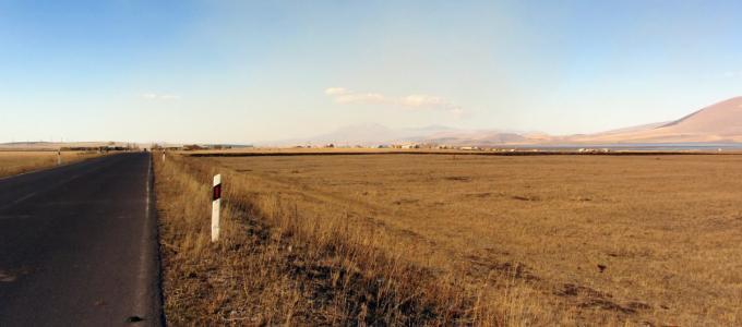 Pierwsze wioski za granicą armeńsko-gruzińską w Bavra - Zhdanovi i Sameba